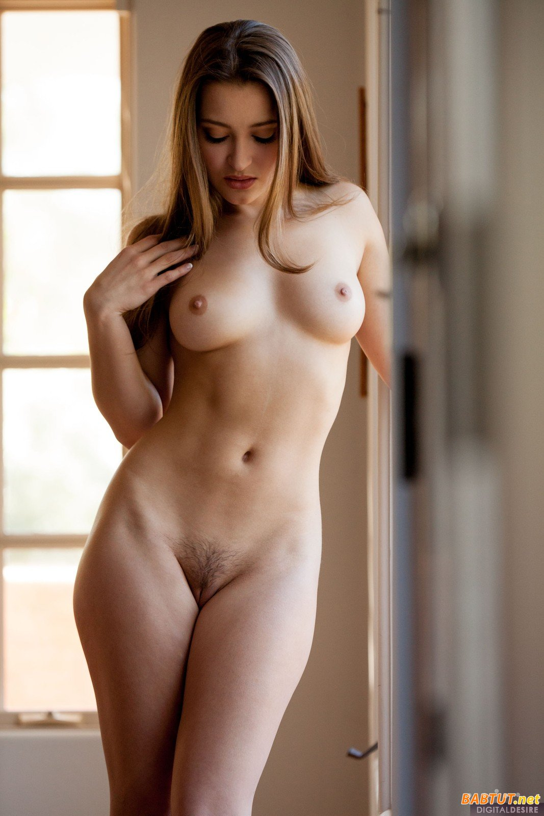 Naked photos free