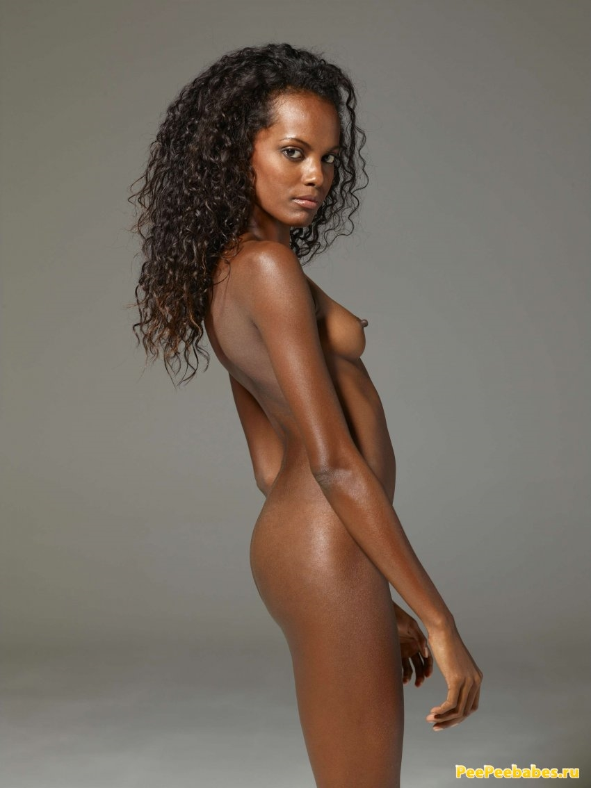 naked-black-female-singers-nude