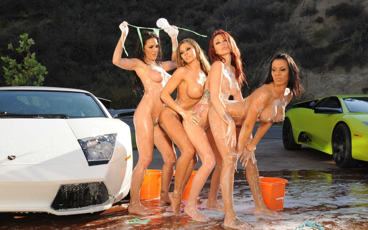 Girls washing cars naked