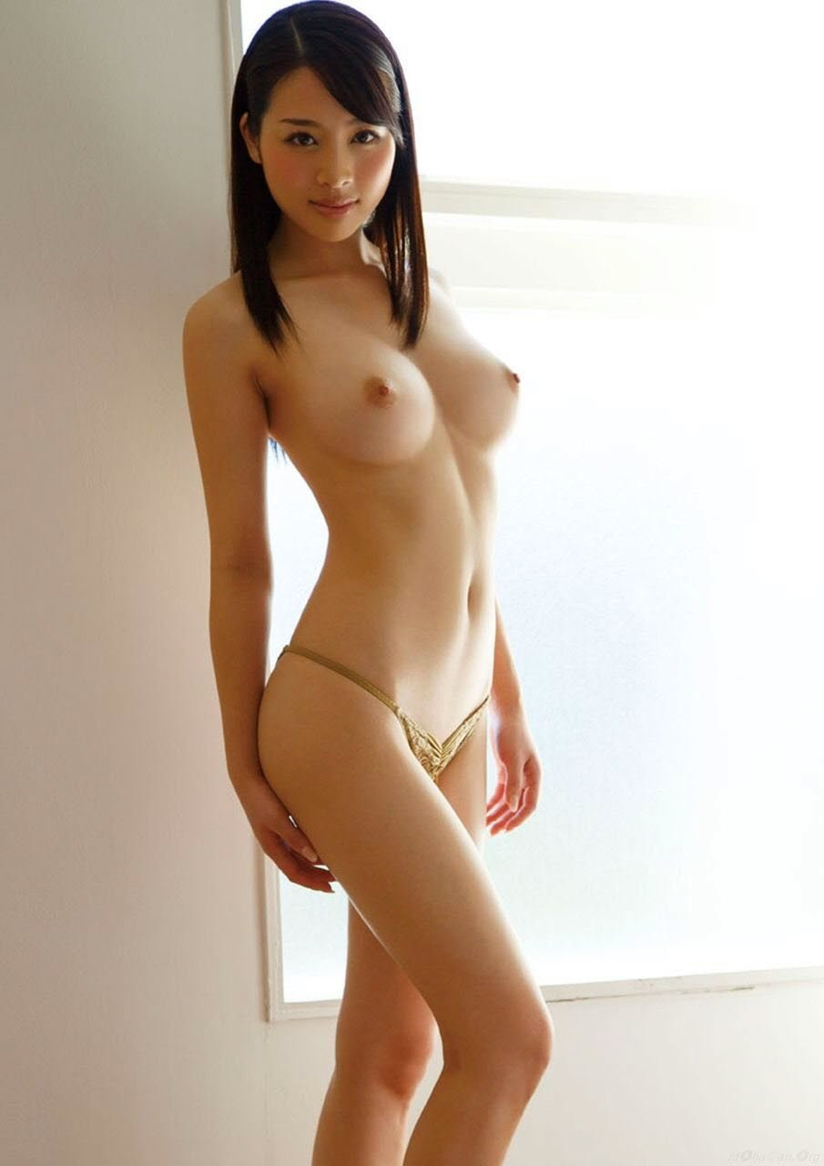 Gorgeous asian girls nude