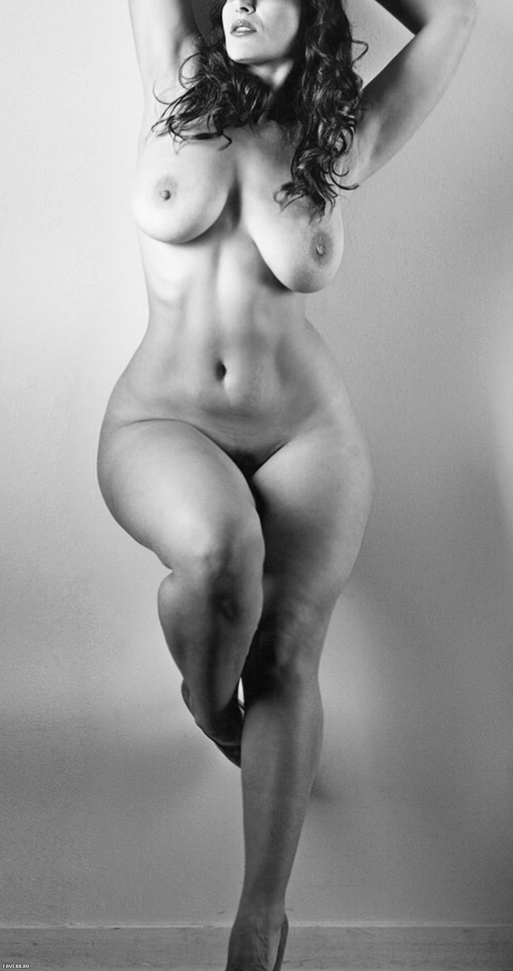 sample-naked-girl-with-curves-fucking