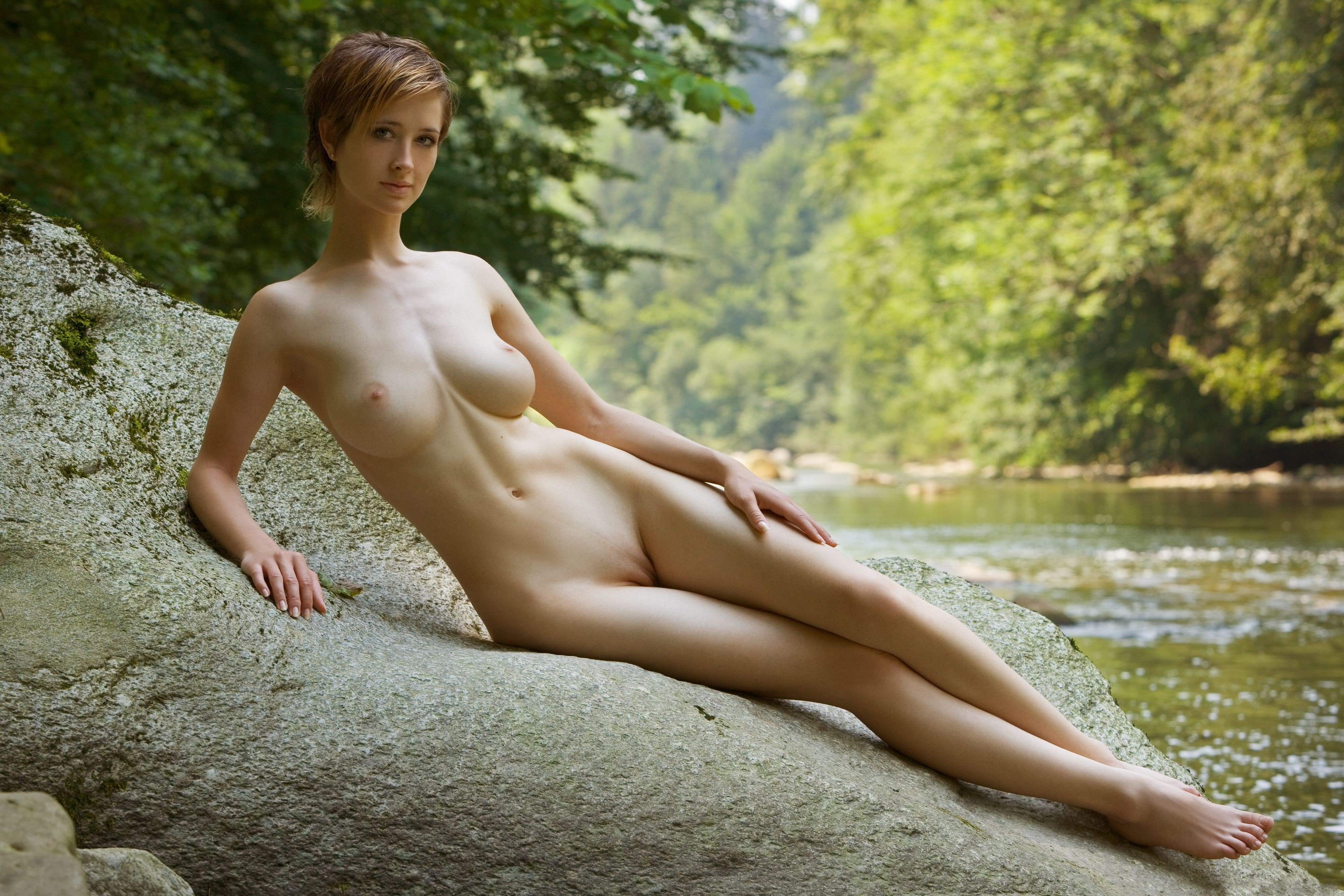 Large nude asian girl with legs open