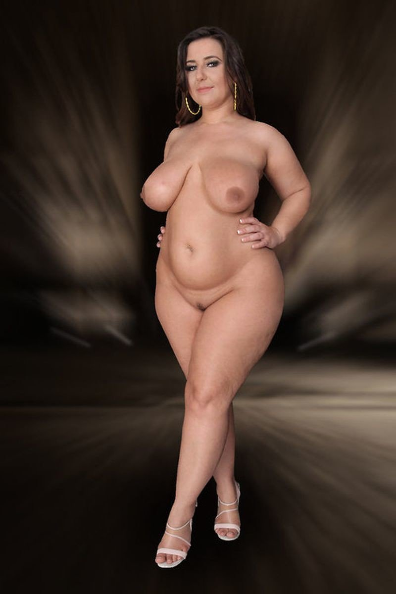Pics plus size women naked — photo 10
