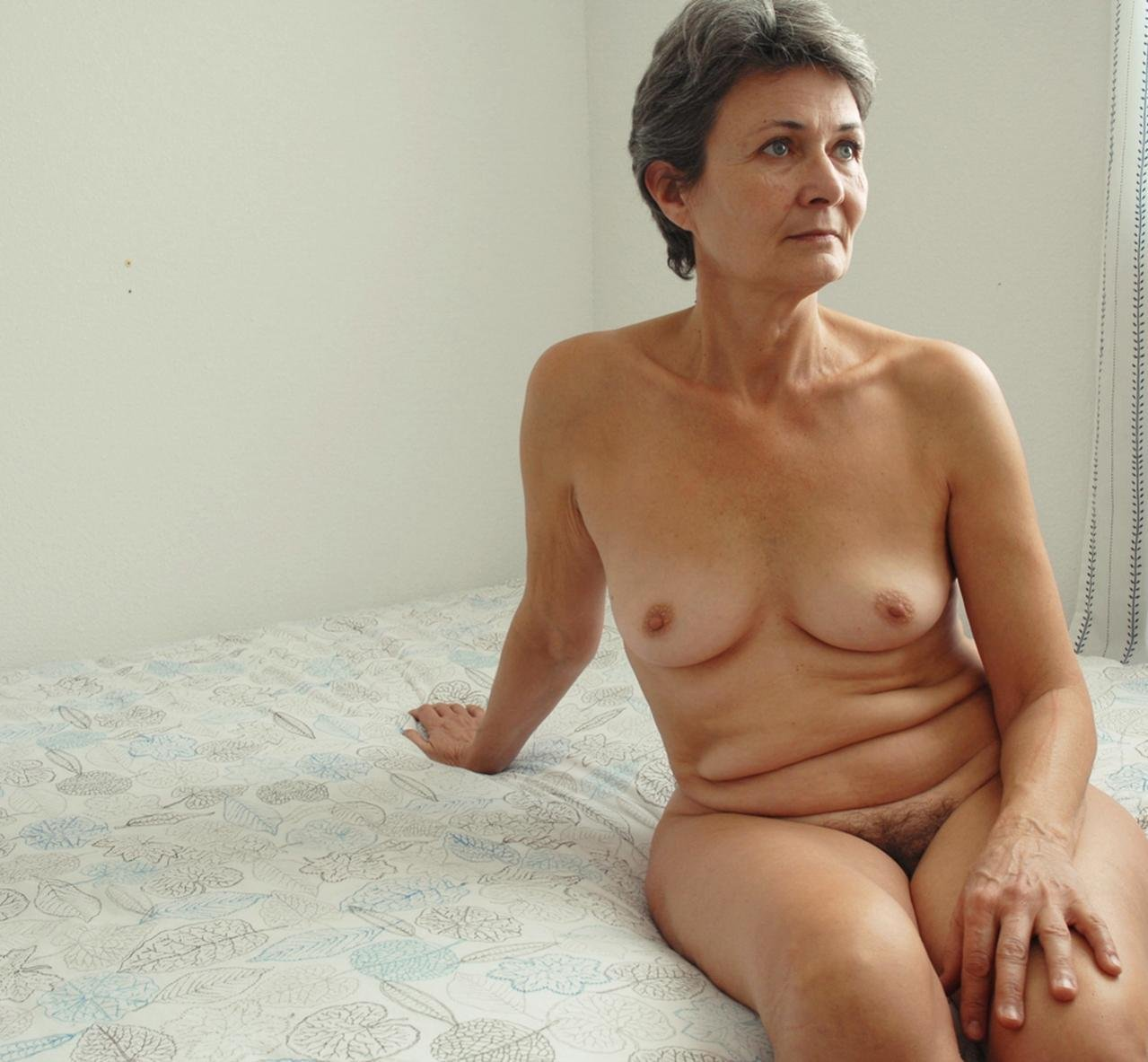 nude-photos-of-old-women-nordic-aliens-naked