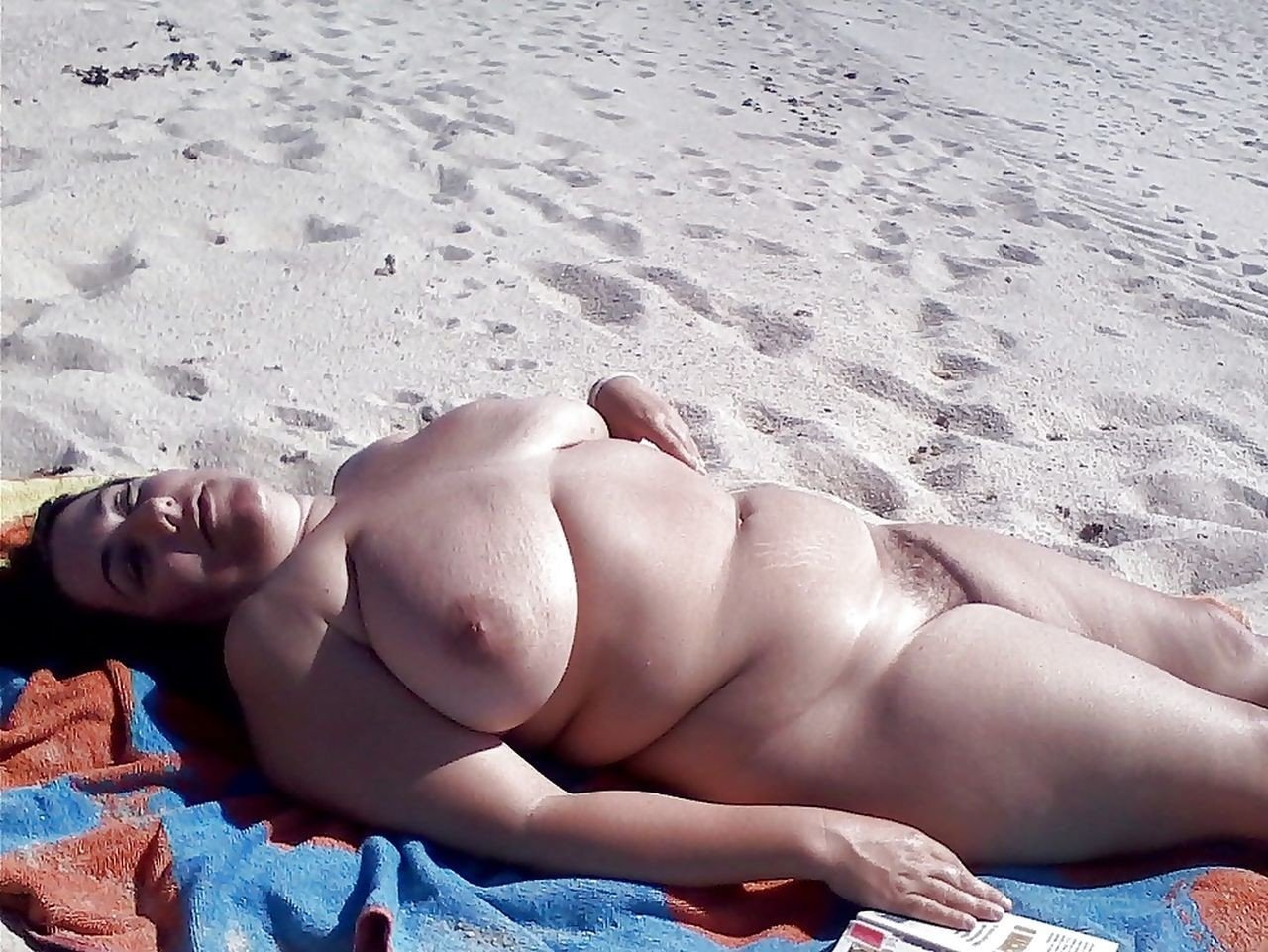 beach-nude-chubby-gorgeous-women-getting-fucked-in-ass