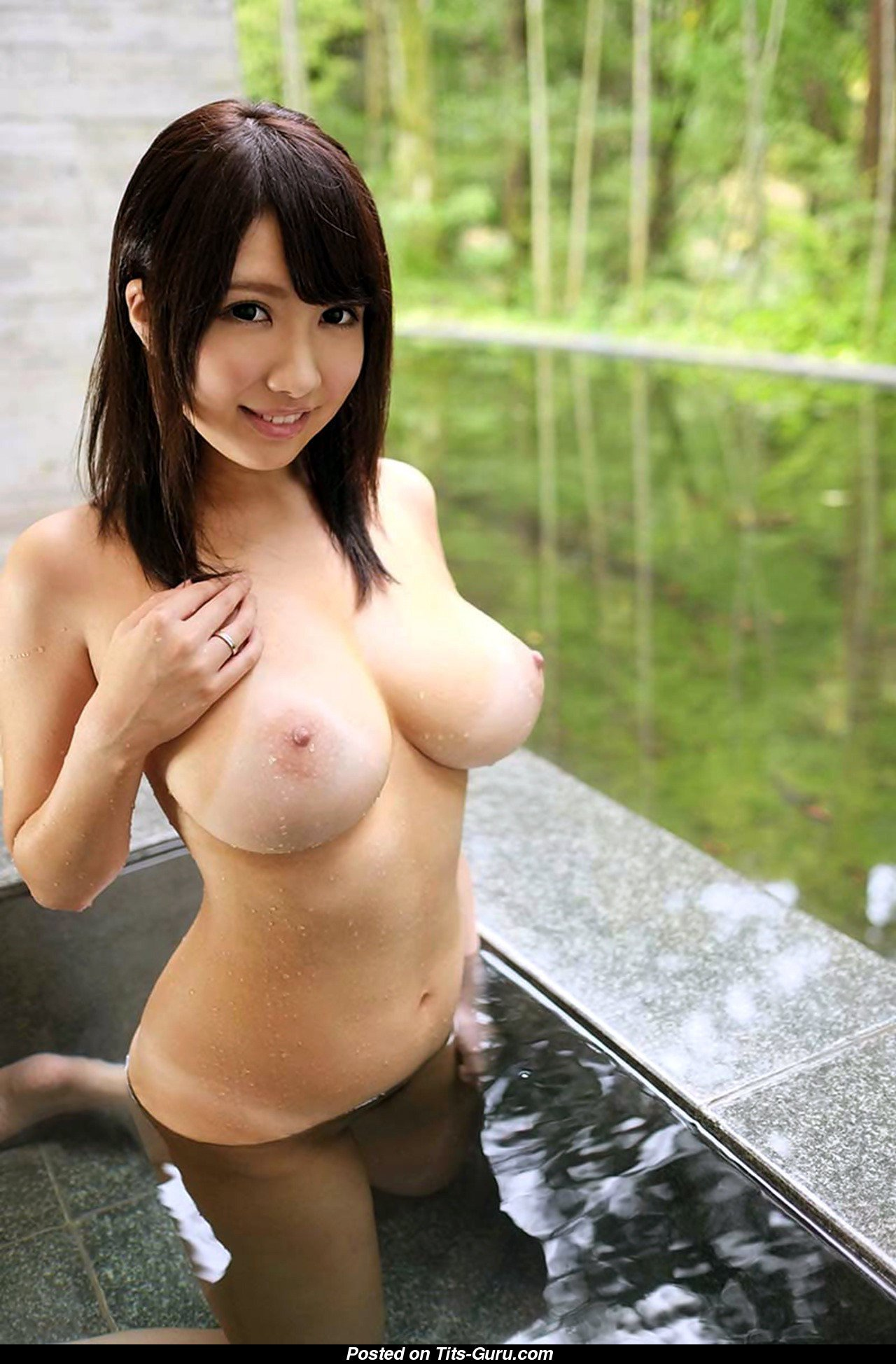 Hot Asian Girls With Big Tits