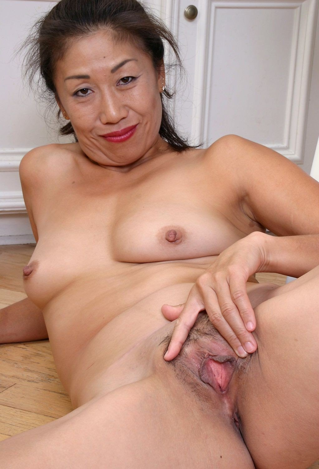 thong-asia-old-woman-nude-fuck