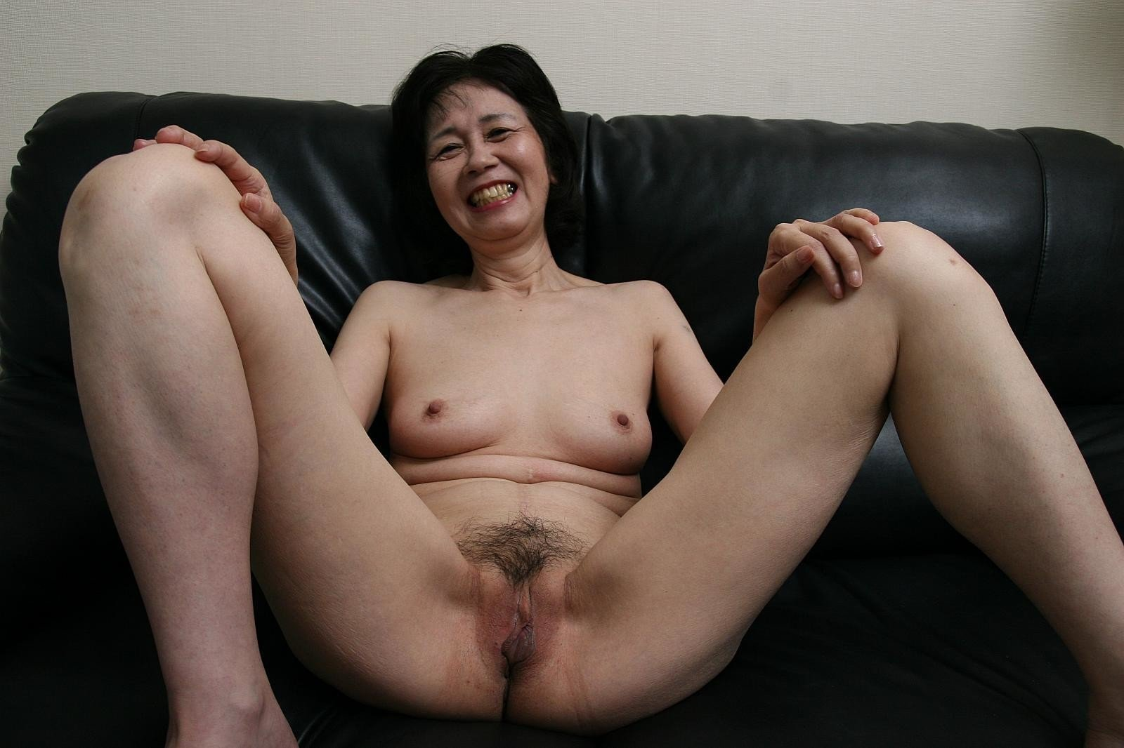 nude-grandma-indonesia-how-to-give-girls-oral-sex
