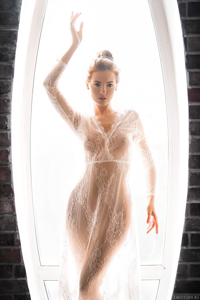 Curly Blonde In Sexy Transparent Dress At Studio Ancensored 1